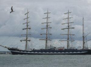 Krusenstern in Warnemünde bei der Hanse Sail 2013