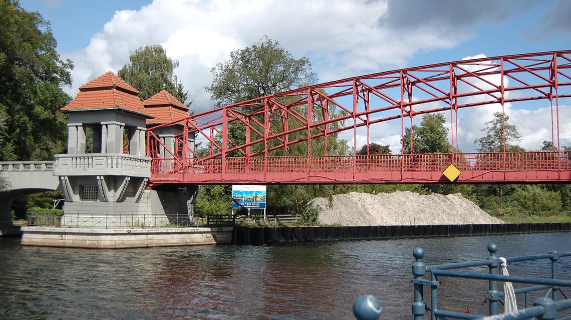 Berlin Tegeler See Sechserbrücke