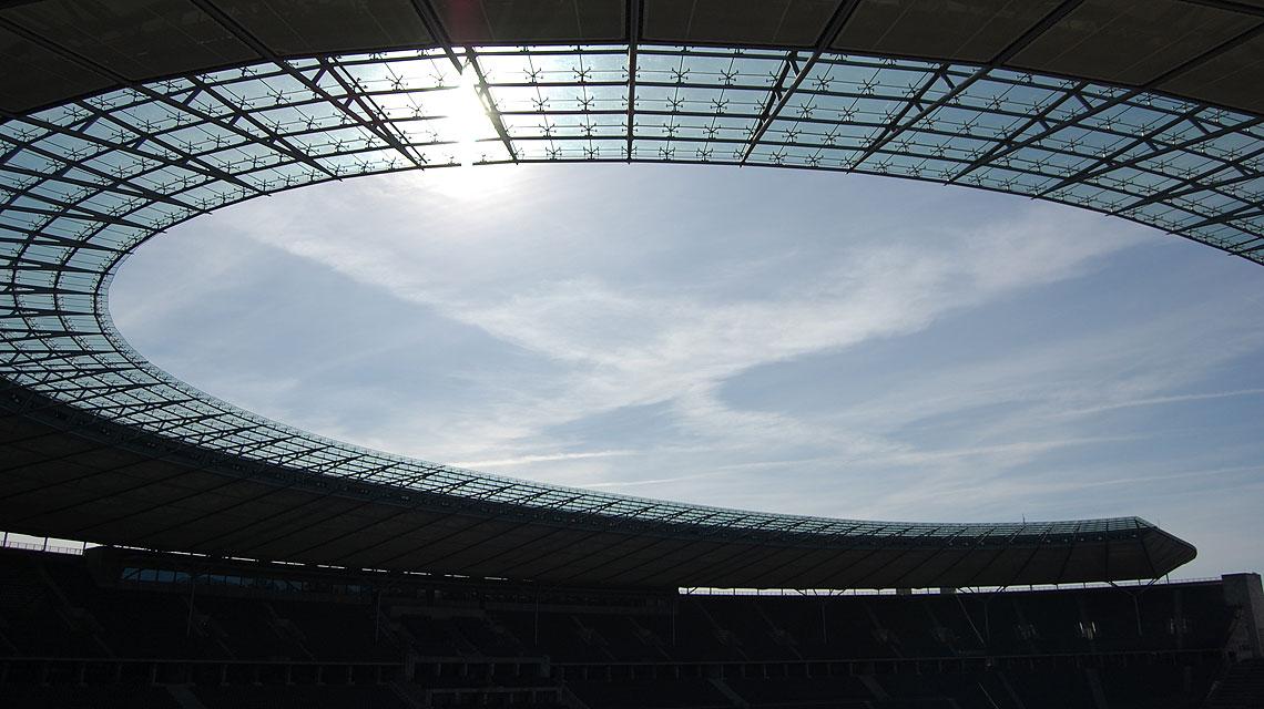 Olympiastadion-Berlin-Dach