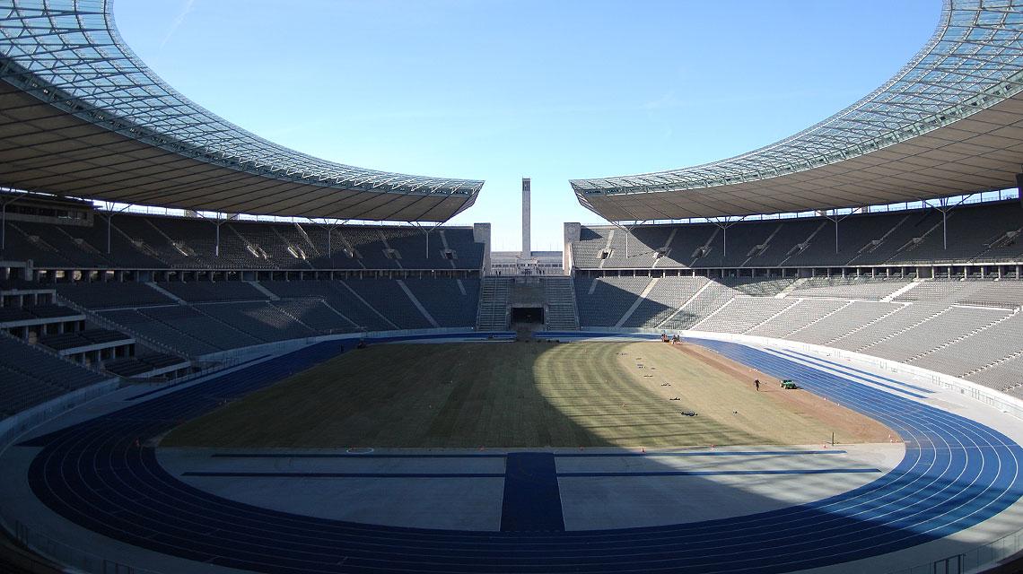 Olympiastadion-Berlin-Marathontor