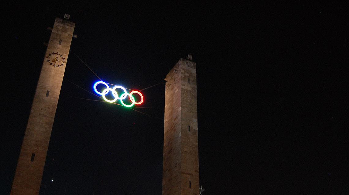 Olympiastadion-Berlin-Olympia-Ringe