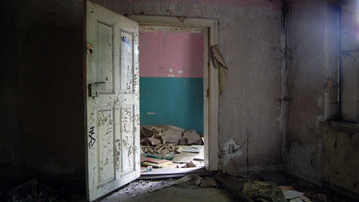 DDR-Verlassenes Haus-Berlin